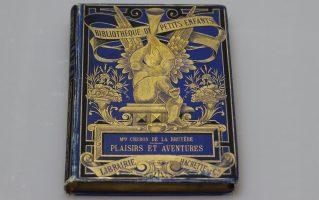 Книга. Из серии детской литературы. Франция