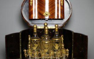 Антикварный кабинетный бар в стиле Людовика XVI